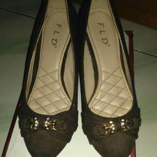 Sepatu Fld