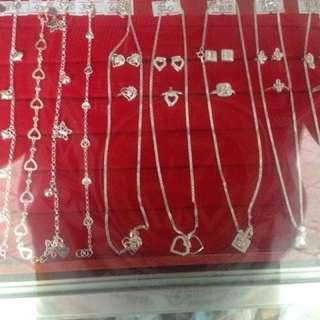 Necklace,earrings And Bracelet