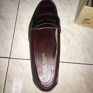 a49a8b8aa1c AUTHENTIC COLE HAAN SHOES