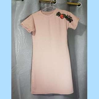 1 Peach Dress With Patch, 1 Off Shoulder Jumpshort And Free Coachella Top