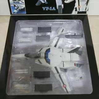 YAMATO 超時空要塞 VF-1A 1/48 麥斯機 電影版 玩具全新,盒較舊約為90%新。