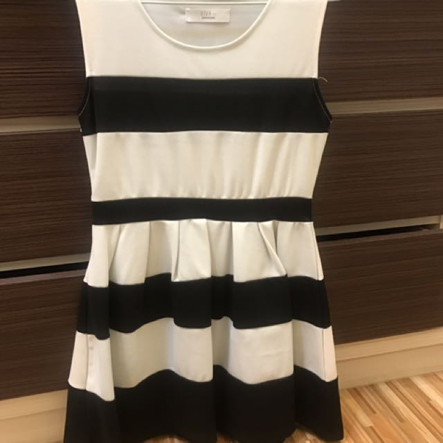 《衣櫥出清》黑白條紋洋裝#100元洋裝