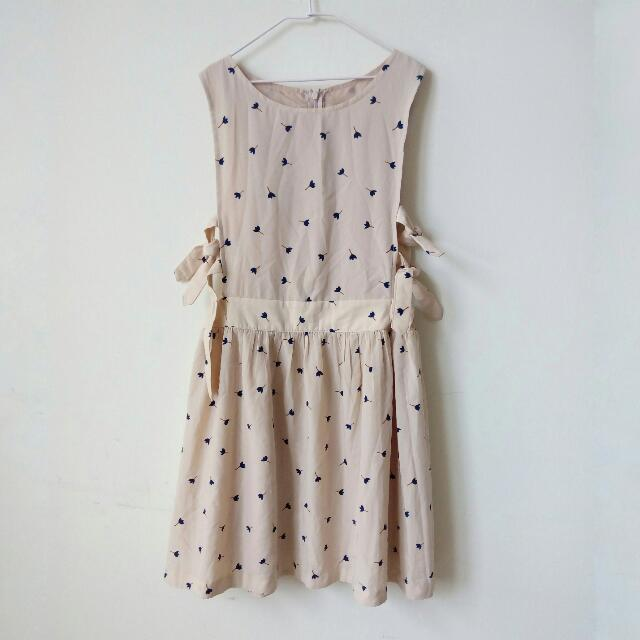 正韓 韓貨 韓製 側綁帶 雙打結 鬱金香花朵樹枝 連身裙小洋裝 背心裙 女僕