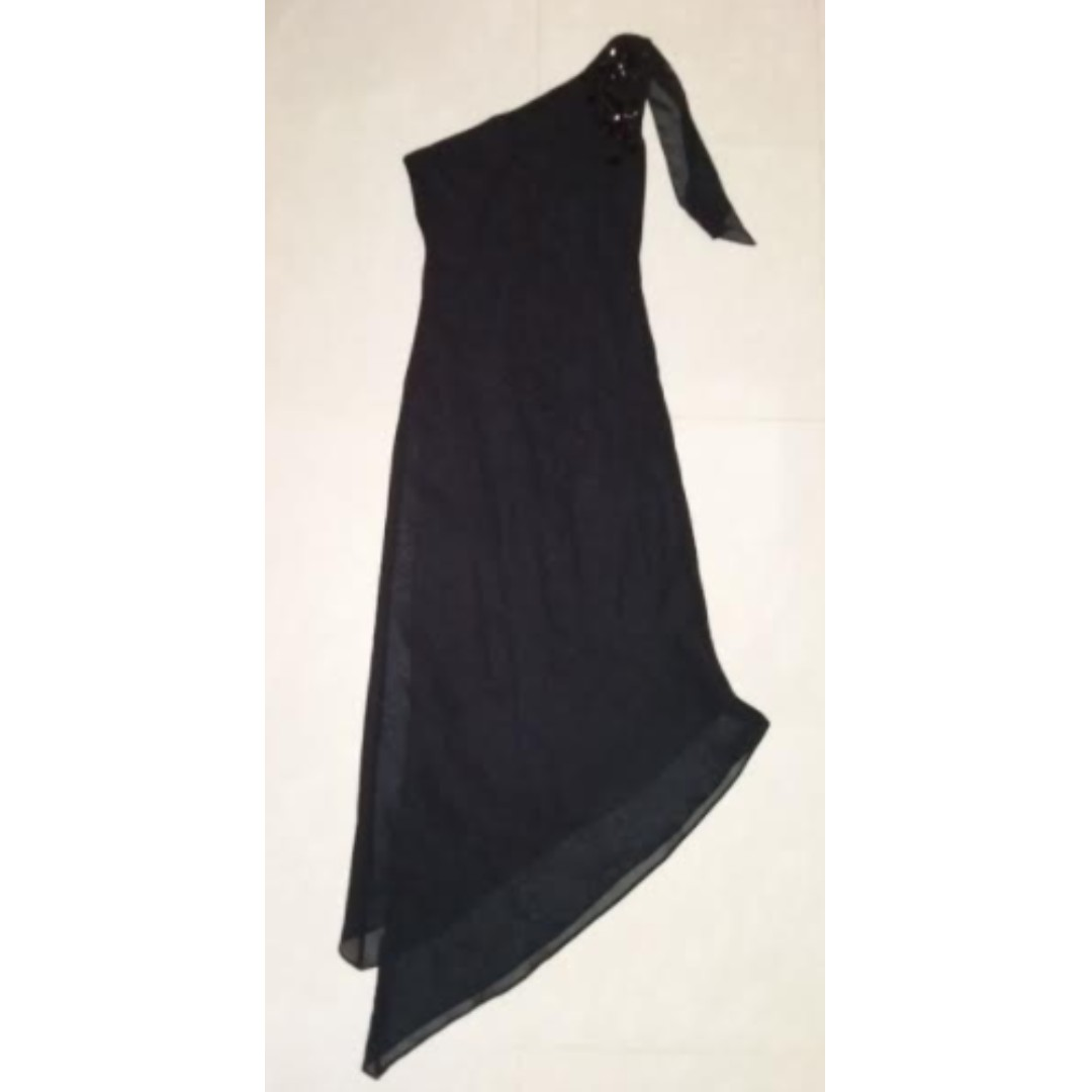 Black one shoulder dinner/prom/date maxi dress with beads & sequins