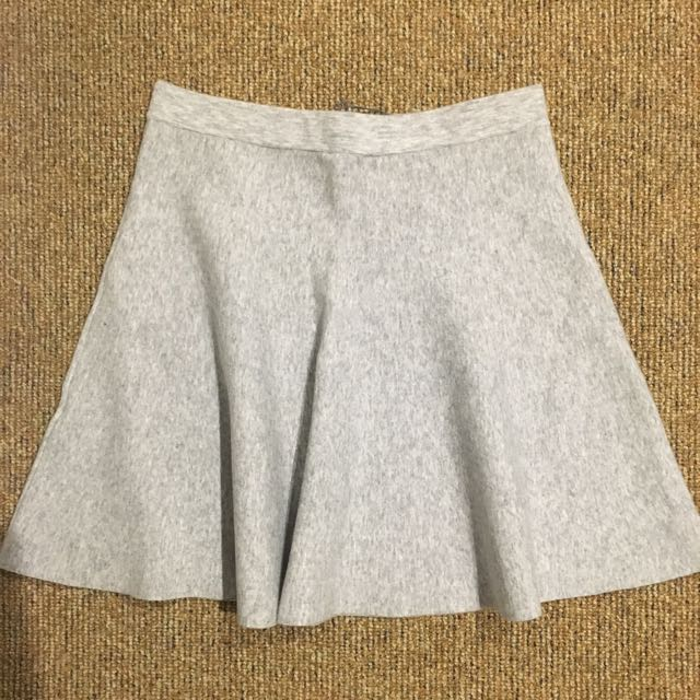 BNWT Witchery Fluted Mini Skirt Size 10