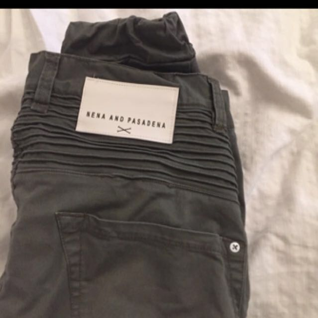 BRAND NEW NENA AND PASADENA DESTROYERS APACHE GREEN SIZE 32