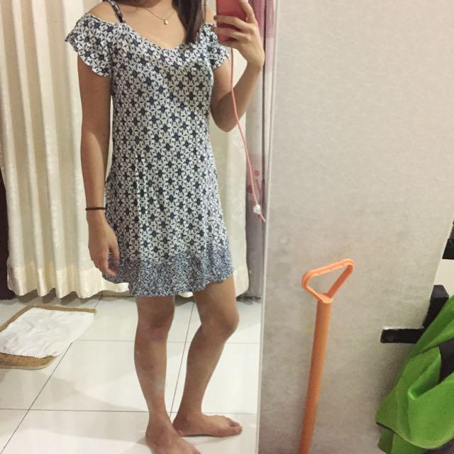 Dress lucu biru sabrina