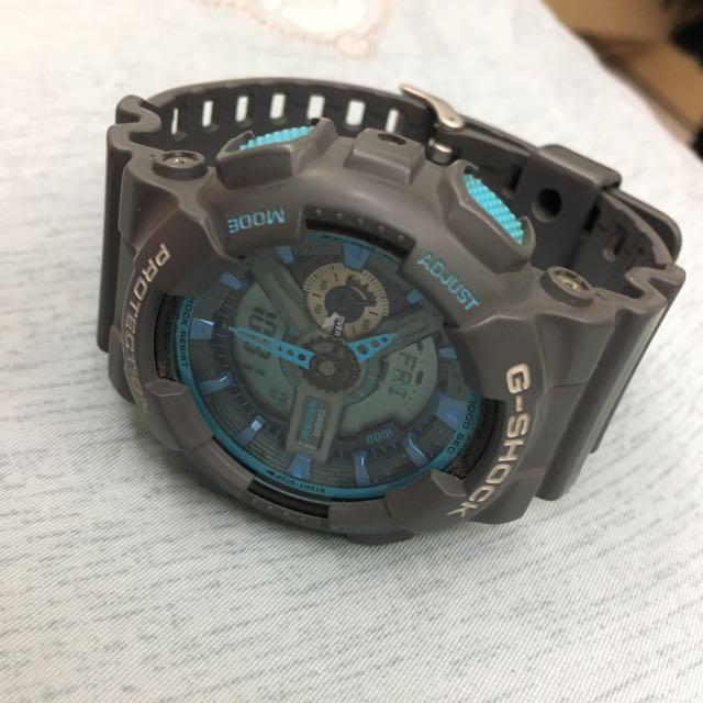 G-SHOCK灰色藍色手錶