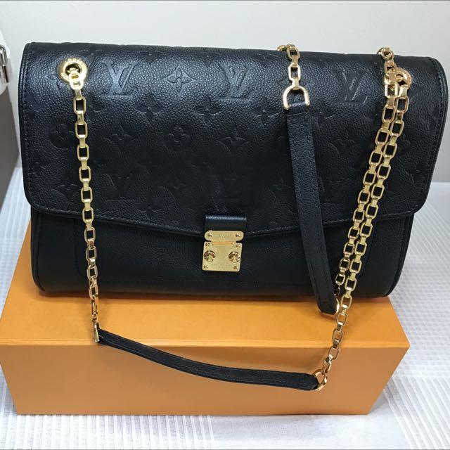 Louis Vuitton mm Handbag