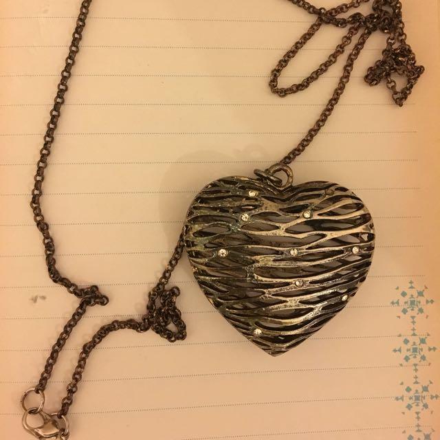 Metallic Heart With Diamonds Necklance