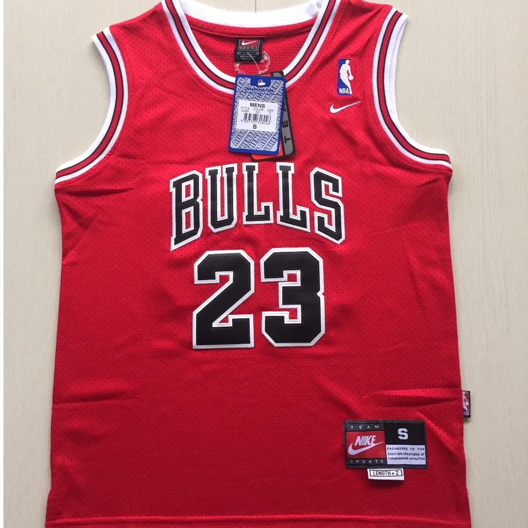 9db6fda71ad [PO] NBA Kids Chicago Bulls Michael Jordan Swingman Jersey, Sports, Sports  Apparel on Carousell