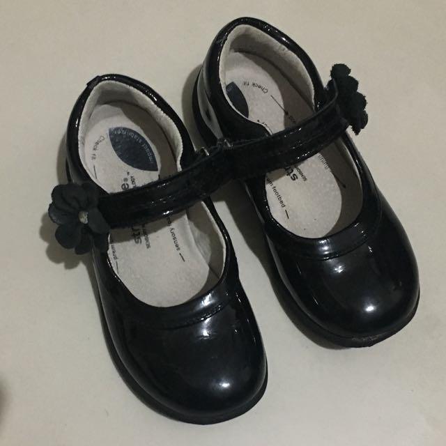 Stride Rite Trista Black Shoes 8.5
