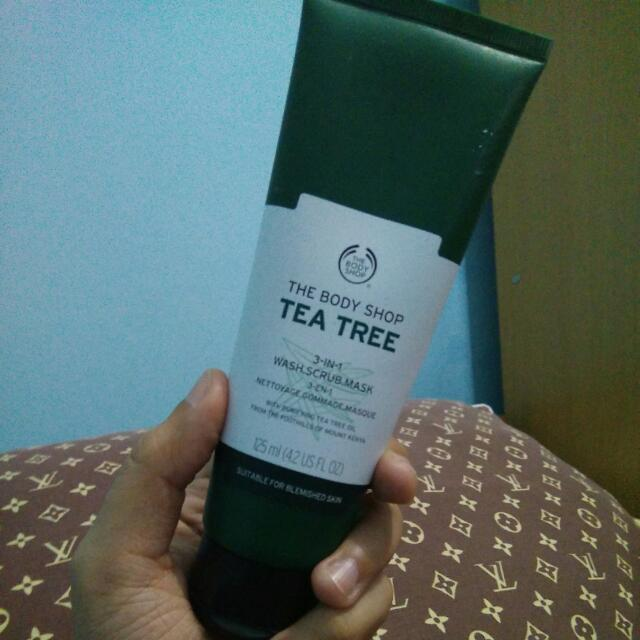 The Body Shop Tea Tree Wash Scrub And Mask