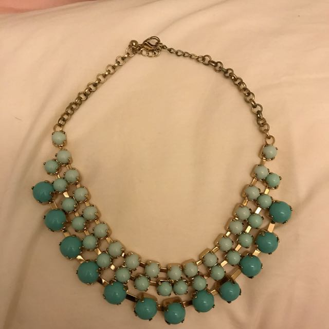 TOSCA MINT NECKLACE