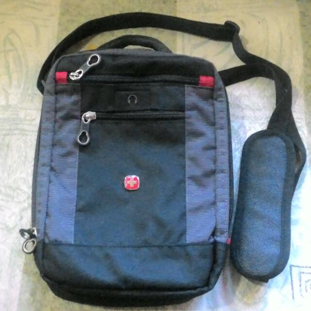 WENGER Crossbody Vertical Boarding Bag Authentic/Original