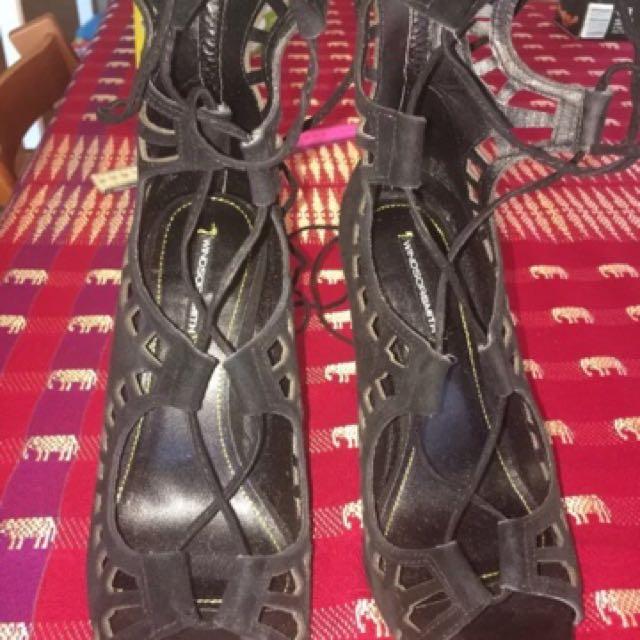 Windsor Smith Gillie Heel Black Size 10