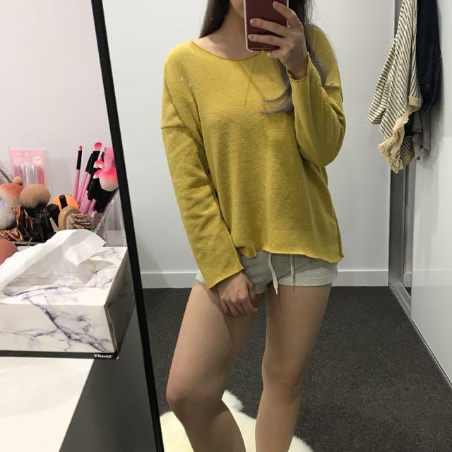 Yellow mustard Knitwear