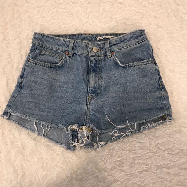Zara Medium Rise Shorts