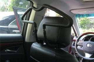 Rak Baju Mobil