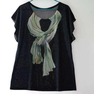 日本Tee · 黑色鬆身舒服假頸巾 Fake Print