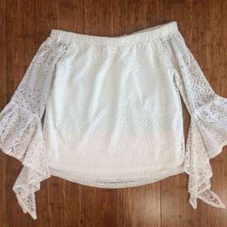 🌸Strapless White Lace Top🌸