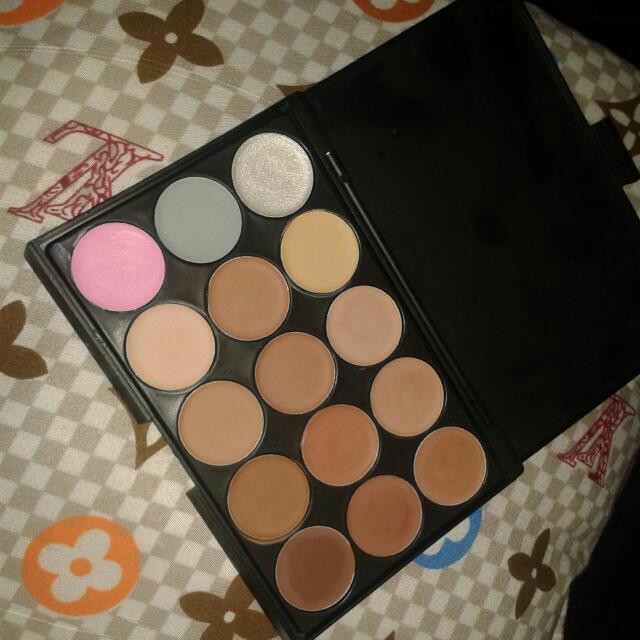 15 Color Palette