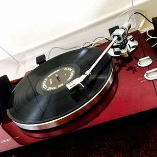 黑膠唱片機
