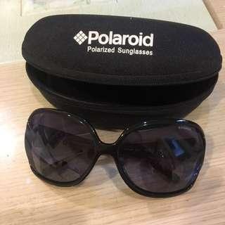 🚚 Polaroid 太陽眼鏡