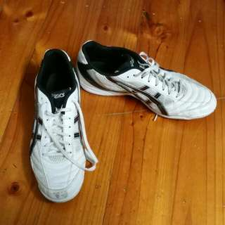 Asics Indoor Soccer Size Us10