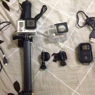 Go pro hero 3...complete accessories