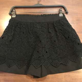 Black lace embroidery skort