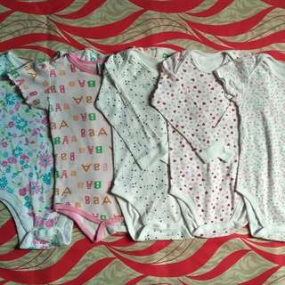 Uniqlo Baby Onesies (take All)