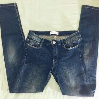 Zara TRF Denim 刷破低腰彈力牛仔小腳褲