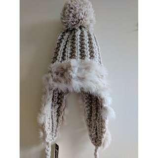 NEW Cute Beanie Chunky Knit w/ Fur Trims Braids Pom Pom
