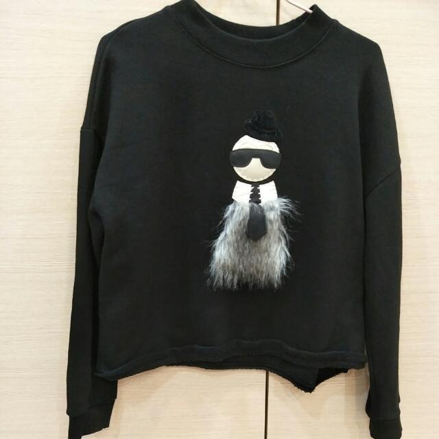 毛毛人物短版造型上衣#我的旋轉衣櫃