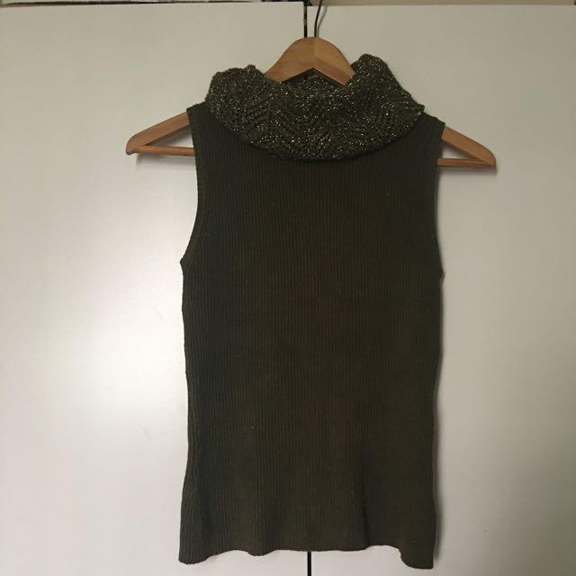 韓店購入 針織背心  超柔軟超好摸  重點穿起來很顯瘦 彈性很大