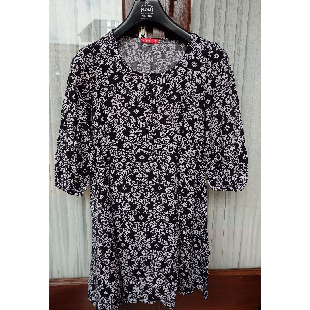 Blouse - Graphis, Size M