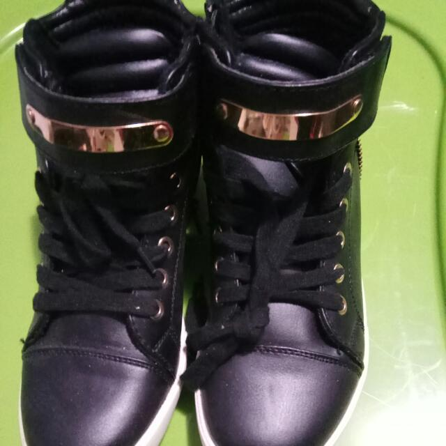 Call It Spring Summer SNEAKERS Size 6.5 US