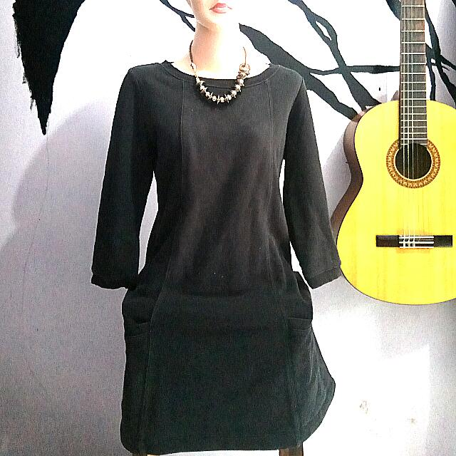 daily dress hitam