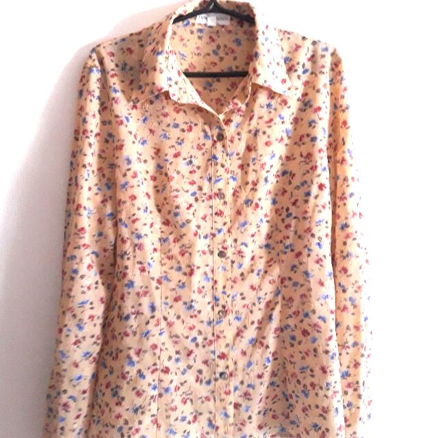 Floral Embroidered Blouse (Meet Ups Only)