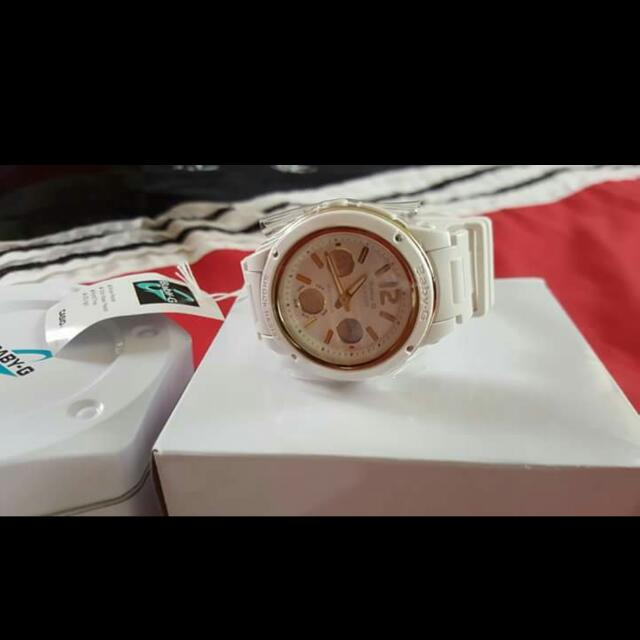 Ladies Brand New White And Gold Baby G Watch
