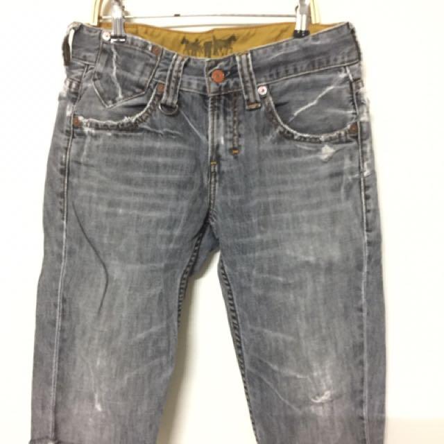 Levi's 黑短褲 29腰 511/510 可參考
