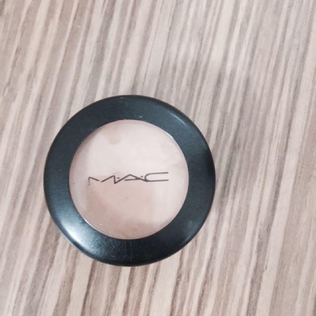 Mac Studio Finish Concealer