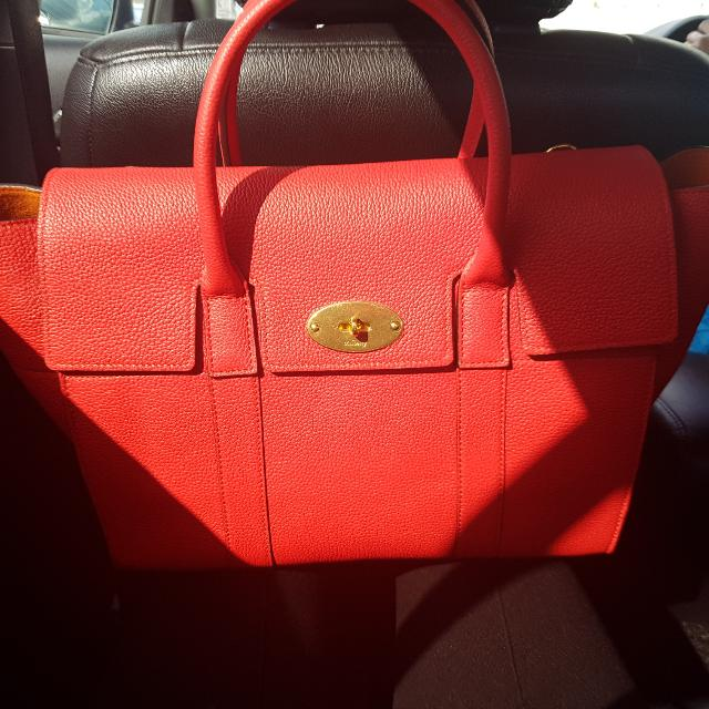 befb5909bdf2 SUPER SALE!!!!! HALF THE PRICE!!! Mulberry Bayswater w  Strap (Fiery ...