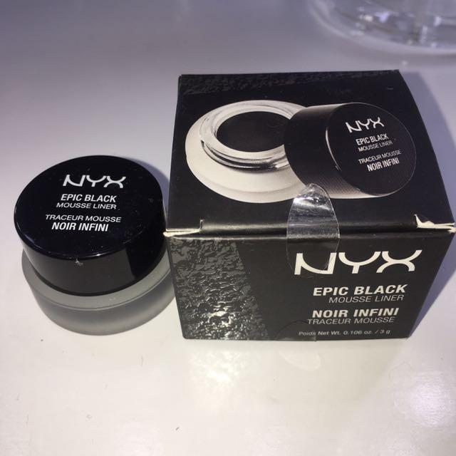 NYX Epic Black Mousse Liner (eyeliner) ASLI