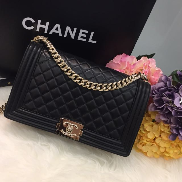e5459c6a0898 ❌SOLD❌ Like New Chanel Le Boy New Medium Flap Bag In Black Lambskin and  Shiny GHW, Luxury, Bags & Wallets on Carousell