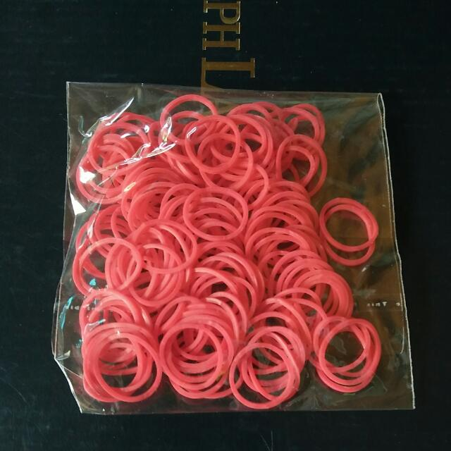 Red Kiss Loom Bands