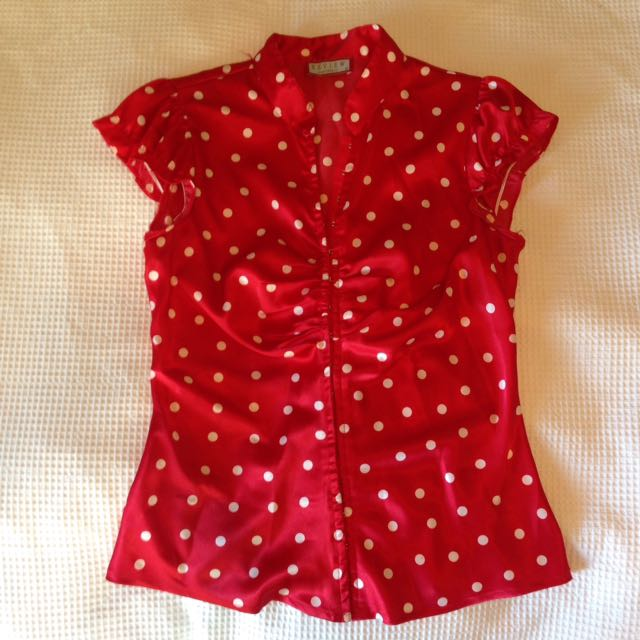 Review Red Top Polka Dots