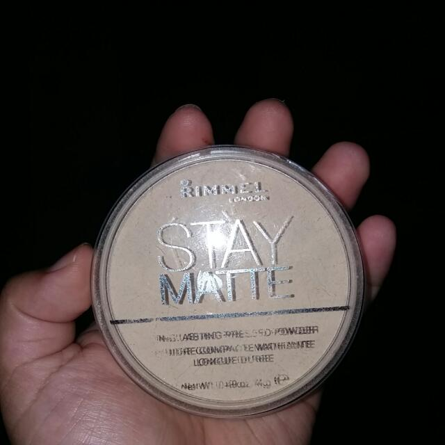 RIMMEL STAY MATTE PRESSED POWDER - Shade 001-Transparent