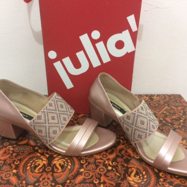 Sandal Pesta Julia'r Rose Gold